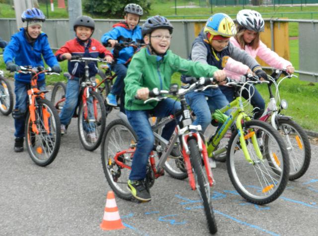 Schulunterricht im Radsattel