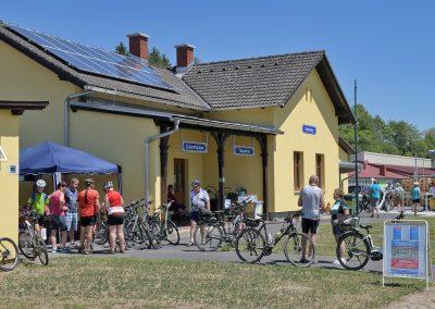 In Dobersberg konnten die Gäste unter anderem Elektro-Fahrräder testen...